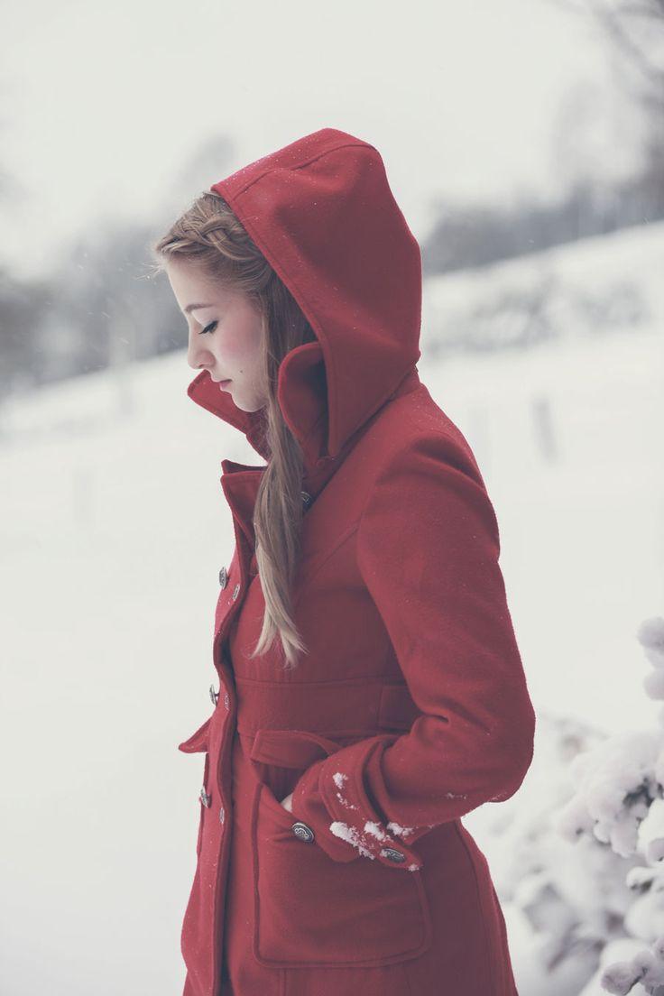 http://www.lichtpoesie.net/galleries/snow-white/