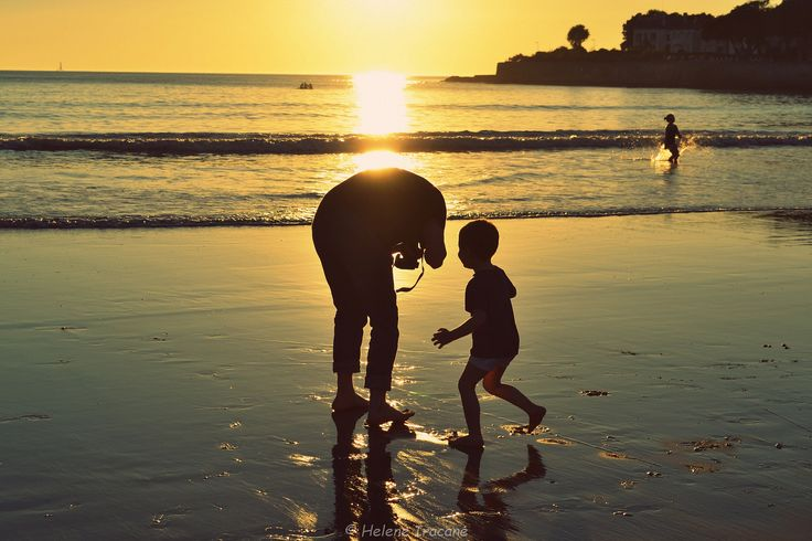 https://flic.kr/p/NfKNxw | Father and son | This picture is copyrighted. Please do not use it anywhere without my explicit written permission and proper credit. All rights reserved - Copyright © Helene Iracane
