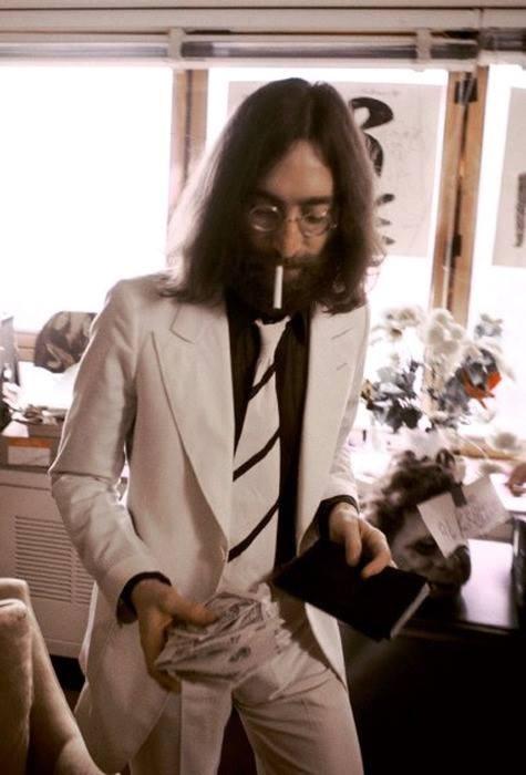 John Lennon... <3 inspire me always