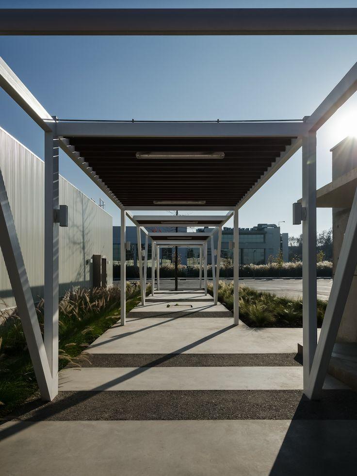 Centro Deportivo Carozzi / Santiago CHILE / PLAN Arquitectos / www.planarquitectos.cl