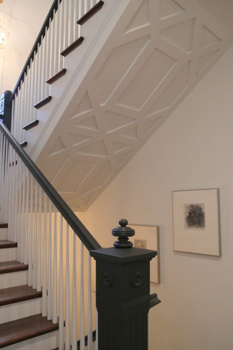 Best 25 stair landing ideas that you will like on pinterest for Quarter landing staircase