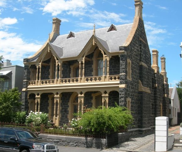 Gothic house Hotham Street, East Melbourne Australia #Australianhomes