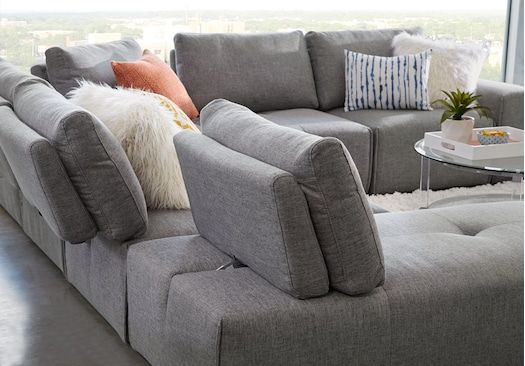 Laney Park Dark Gray 7 Pc Sectional in 2020 | Grey living ...