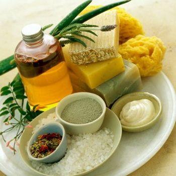 Натуральные средства для мытья, осветления и ухода за волосами: шампуни и ополаскиватели