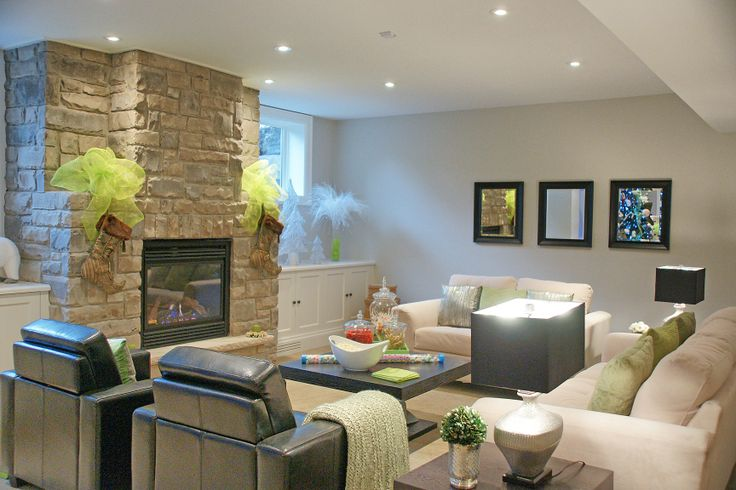 20 best 2011 St. Andrews Christmas House Tour in Oakville images on ...