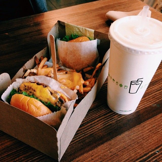 ☼ ☾ Burger Shake Shack | Covent Garden London