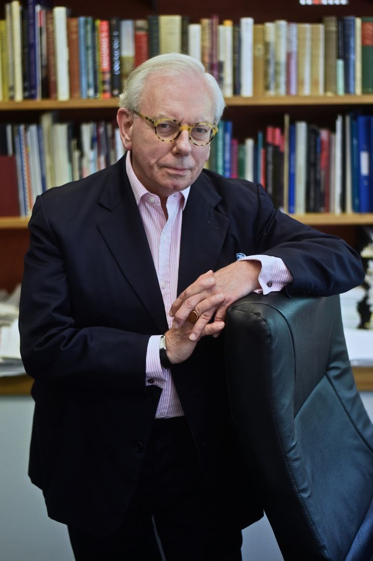 David Starkey: Magna Carta. 20 November. http://www.dorkinghalls.co.uk/index.cfm?articleid=10757&eventid=20312