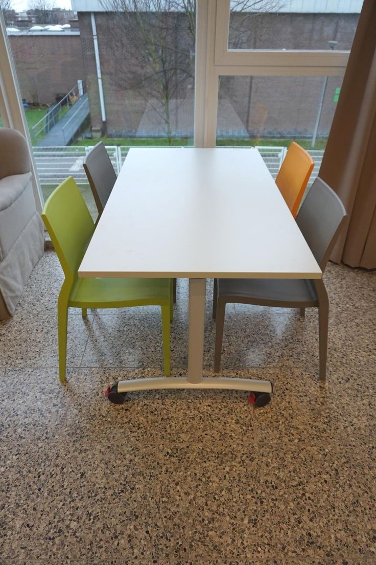 Hoth and Archimede go to school! - Belgium #hothchair #ibebi #design #projects