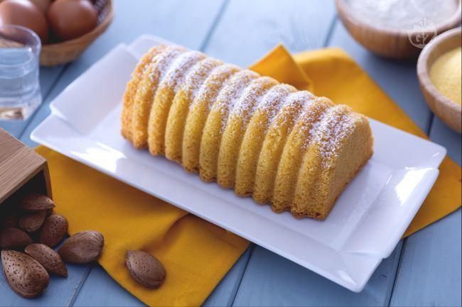 L'amor polenta è un buonissimo dolce, dall'invitante color bramato, che si prepara facilmente e velocemente utilizzando pochi e semplici ingredienti.