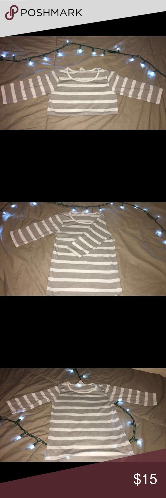 Girls Forever 21 stripped shirt Adorable  three quarter long sleeve stripped shirt! Will work with most if not all outfits because of it's neutral colors! Perfect on a sunny or cloudy day! Forever 21 Shirts & Tops Tees - Long Sleeve