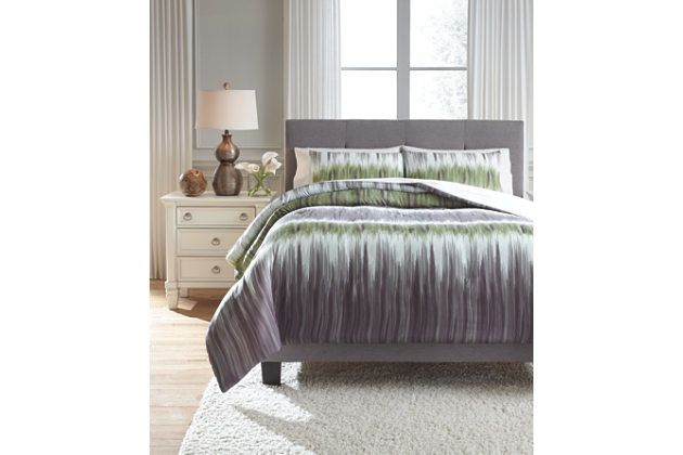 Agustus 3-Piece Queen Comforter Set by Ashley HomeStore, , Polyester (100 %)