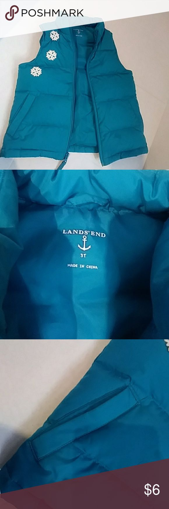 Girls LANDS END puffer vest size 3t Insanely cute girls LANDS END turquoise colored puffer vest with sparkly snowflake details. Sure to keep your little one warm in the fall months Lands' End Jackets & Coats Vests