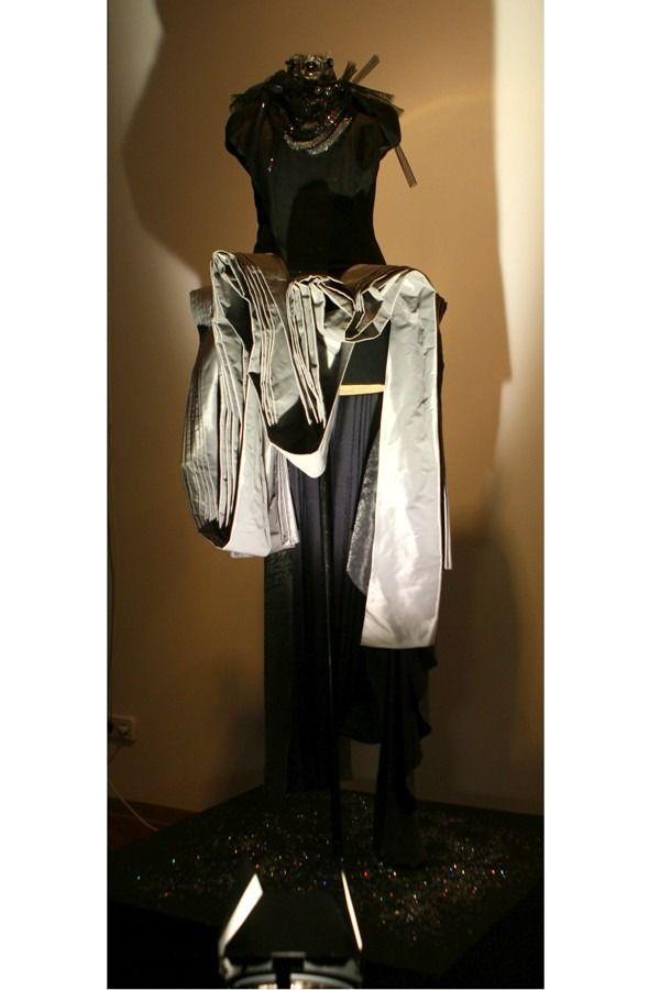 Платья Лилии Пустовит в тц весна витрины - Поиск в Google