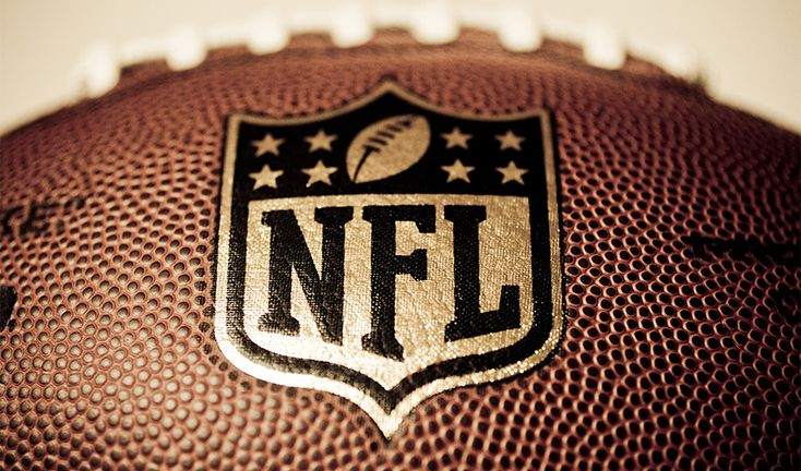 Following Twitter's success with the it's NFL live streams, its Chinese equivalent, microblogging site Sina Weibo has made a deal with NFL to live-stream weekly games, and even the Super Bowl.     The first games, part of