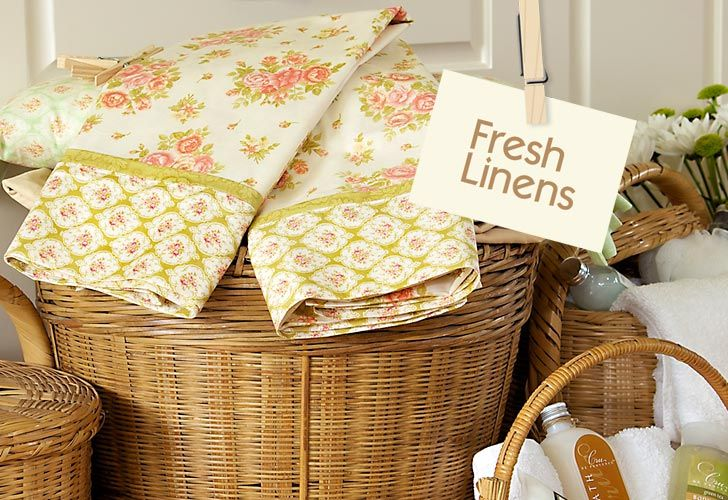 Fresh Linens Liven up a Guest Bedroom with Crisp, Comfy ColorComfy Colors, Guest Bedrooms, Fresh Linens, Soft Colors, Linens Liven, Trees Quilt, Bed Linens, Beds Linens, Figs Trees