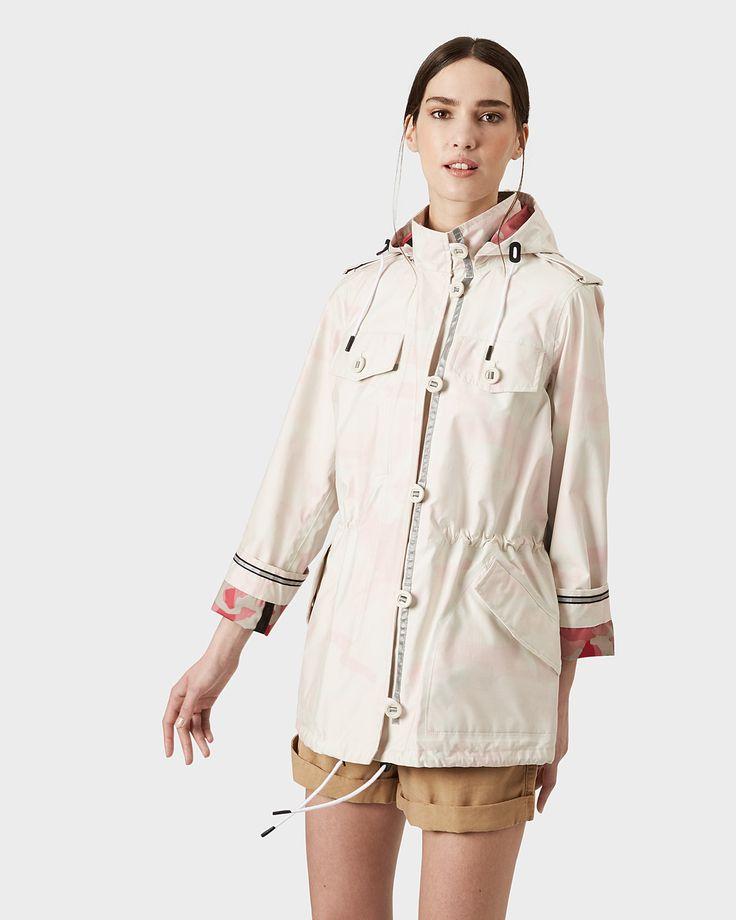A women's utility jacket in waterproof cotton