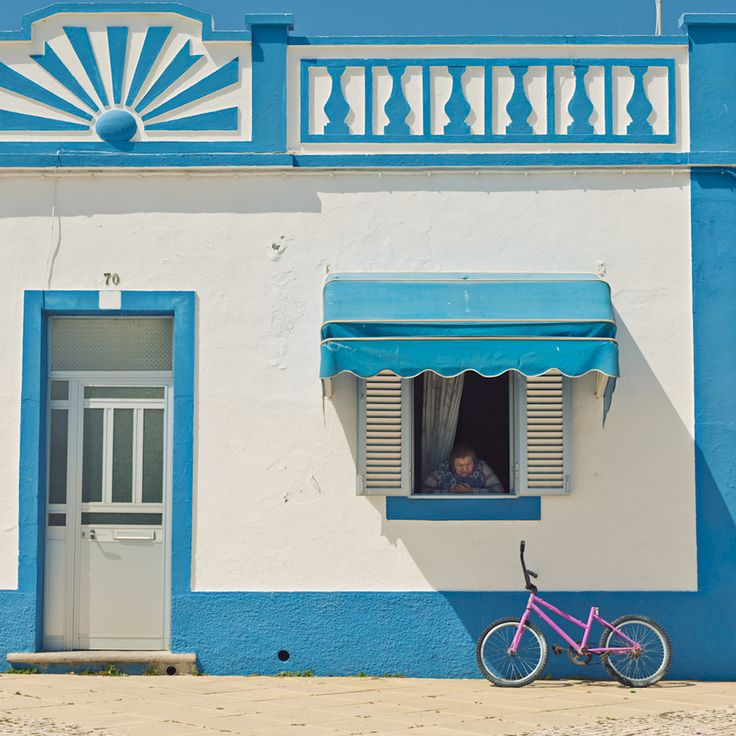Typical portugese style in Tavira, Portugal  By Allard Schager