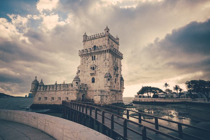 Belem Tower - Game of Thrones Version http://www.teoinpixeland.ro/travel/lisbon-places-that-stole-my-heart