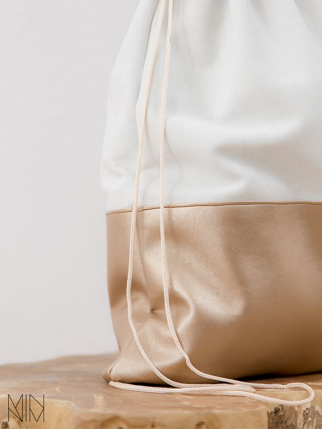 bronze Turnbeutel aus Leder // leather gymbag via DaWanda.com