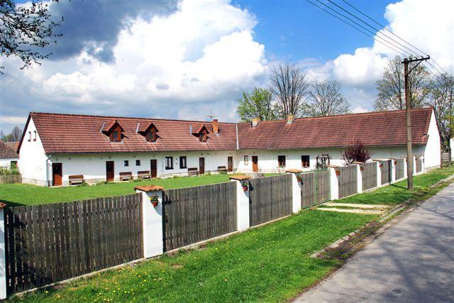 Penzion Příbrazský - Příbraz  www.penzionpribrazsky.cz Penzion 2* Superior