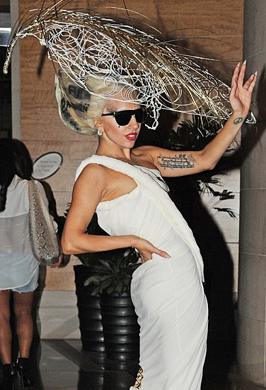 Lady Gaga in Wire Frame Hat  #judithm #millinery #hats