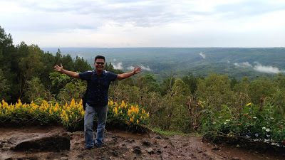 Wisata Religi Kristen Katholik Jogjakarta Yogyakarta & Jawa Tengah: Mendapatkan Selfie Terbaik di Lokasi Wisata Hutan ...