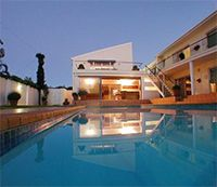 Luxury 15 sleeper home in Voelklip with pool and Jacuzzi available for holiday rental Hermanus, Western Cape