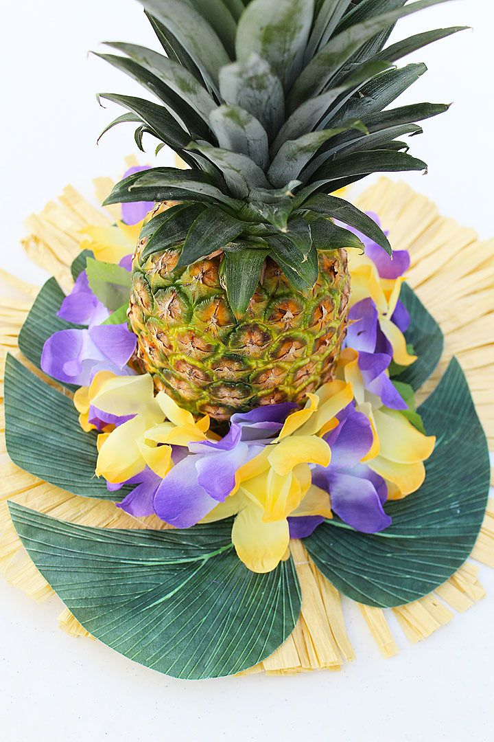 DIY Pineapple Centerpieces Luau Pinterest Luau