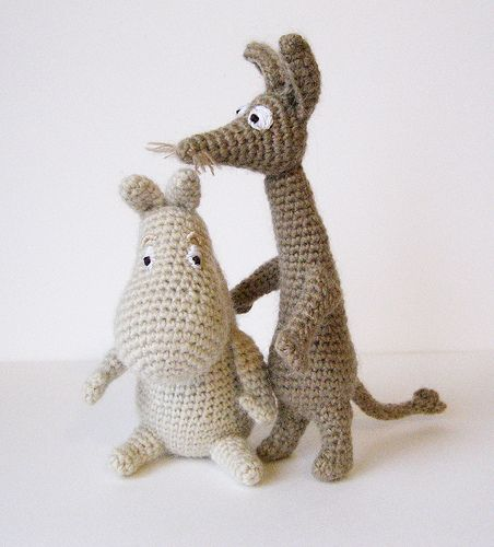 moomin troll and sniff