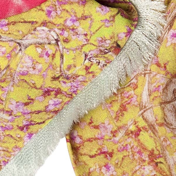 Scarf in detail