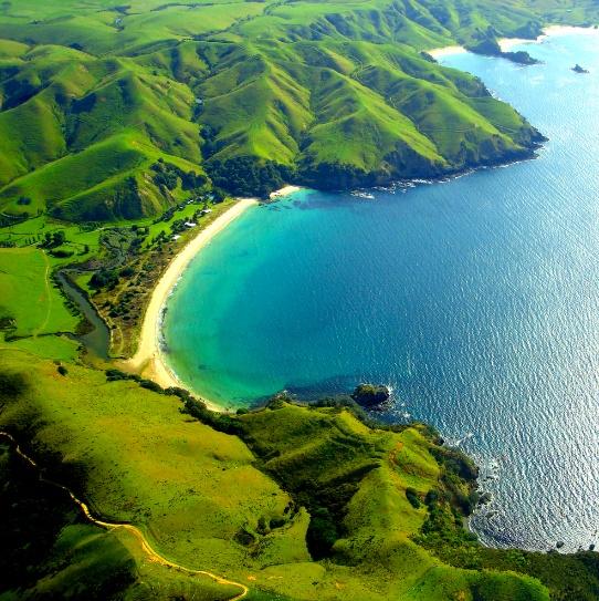 I love this beach. Taupo Bay, Nueva Zelanda.