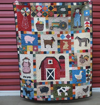 Farmer in the Dell quilt - ♥