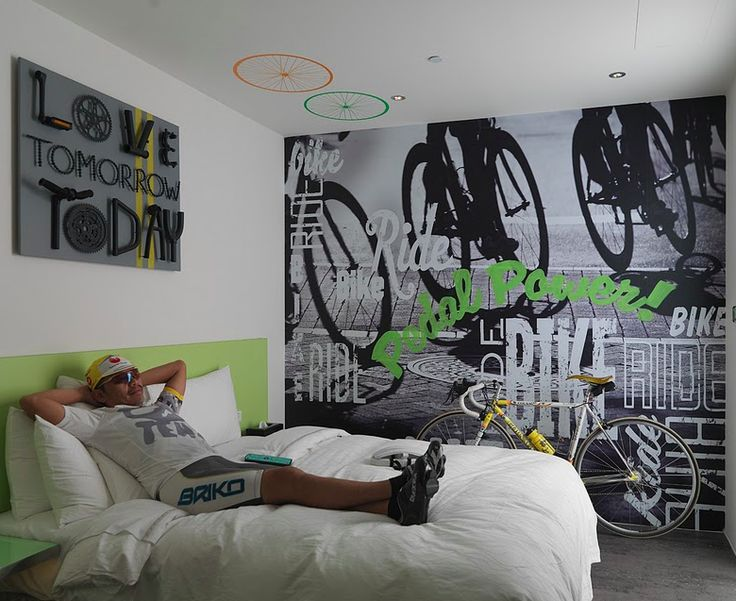 nice detail shot of one of our bike themed rooms at the taipei city