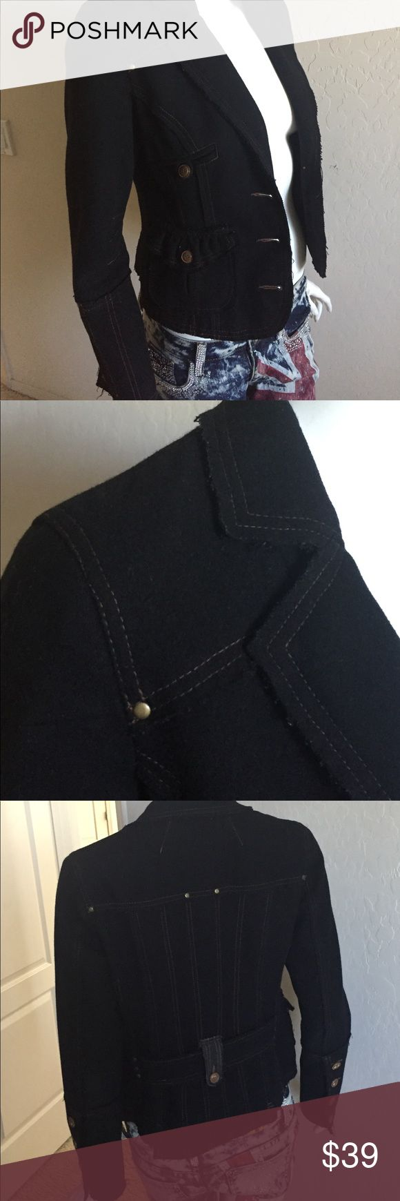 Vero Moda Deconstructed military inspired blazer Vero Moda fitted Deconstructed military inspired blazer in black wool with brown contrast threads. Purposely frayed edges and distressed buttons makes this a unique look. Excellent used condition. Euro size 38 Vero Moda Jackets & Coats Blazers