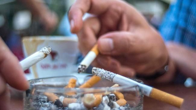 Should non-smokers get more annual leave to make up for the time smokers spend on breaks - NEWS.com.au