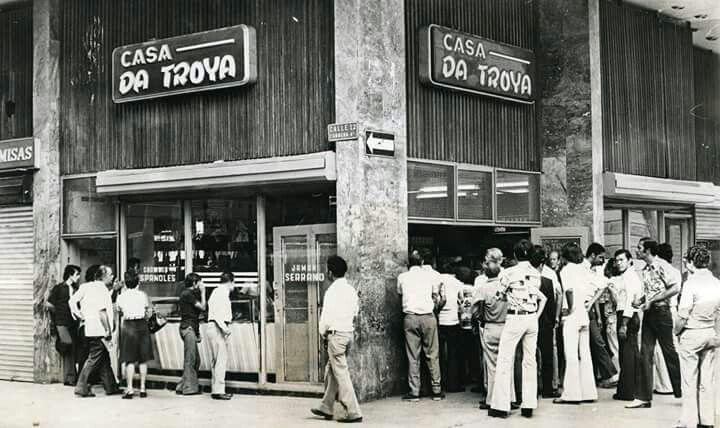 Casa da Troya -  Plaza de Cayzedo - #Cali - #Colombia - Año 1970 #CaliViejo