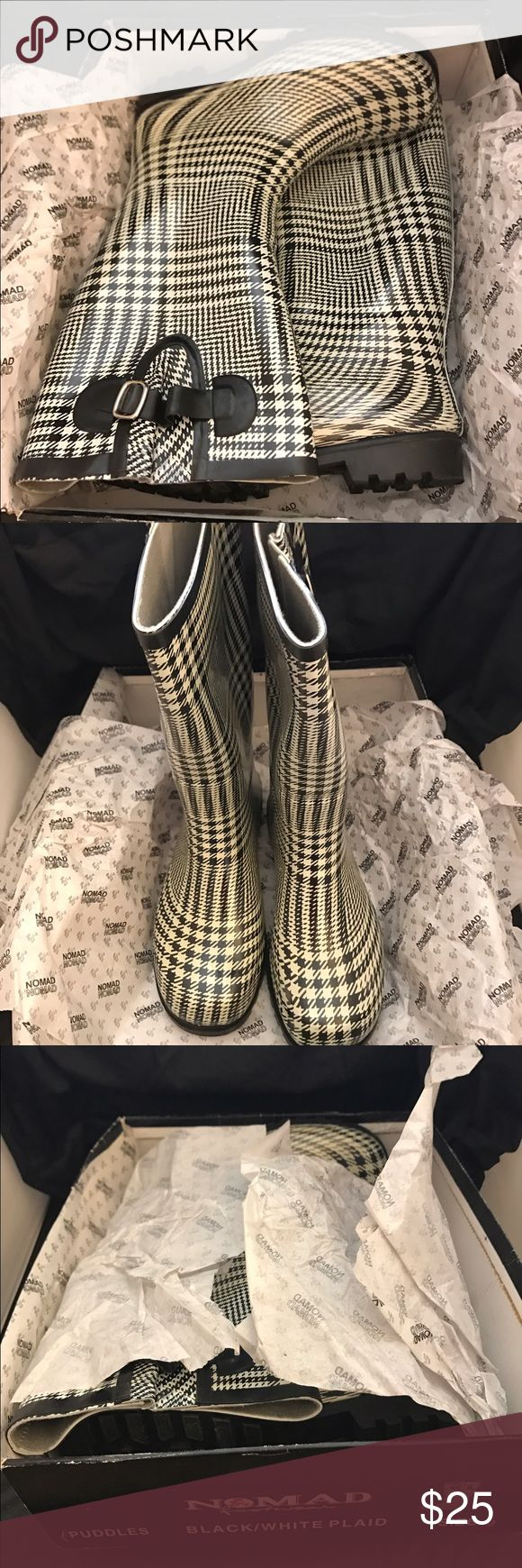 Nomad 'Puddles' Rain boots New in box, plaid houndstooth