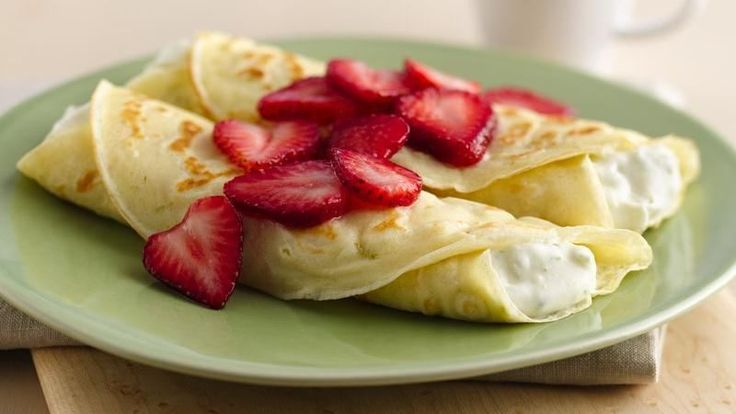 Breakfast Wraps recipe from Betty Crocker  Mm this looks delicious!