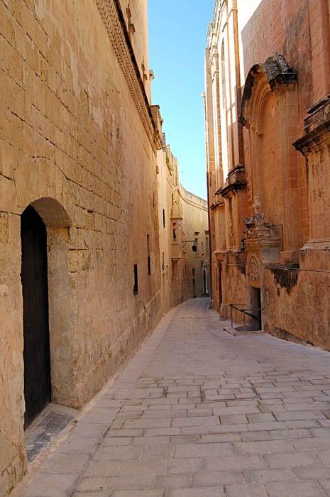 Malta, Alley inMdina