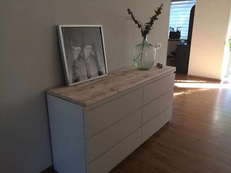 Steigerhouten planken op een malm ikea kast wood on a for Interieur ideeen hal