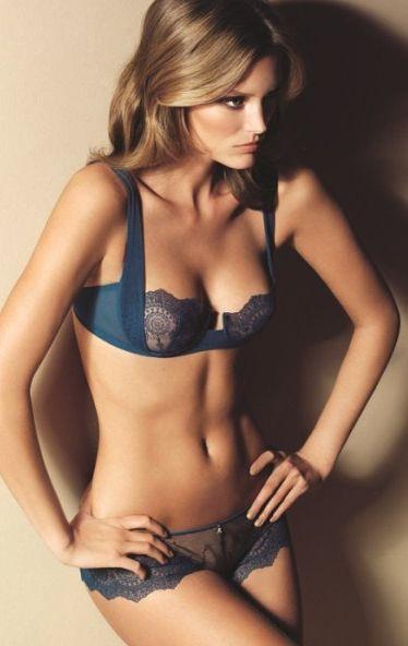 Blue lace lingerie, beautiful blonde #Blonde http://www.mememeg.com/Goods/Goods/id/6867164.html