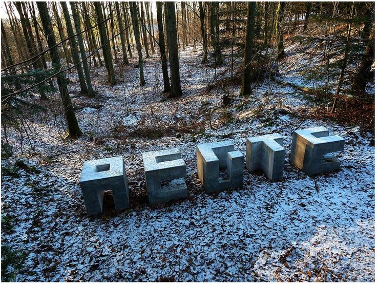 Aegte Bench. Concrete bench by Morten Alsinger. www.skovsnogen.dk