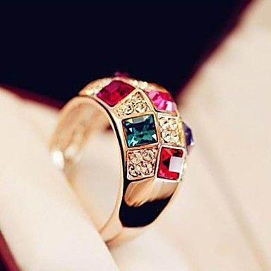 Super Sparkle Ausztria Színes Crystal Nő pénzt költséges nemesség Classic Ring – USD $ 2.99