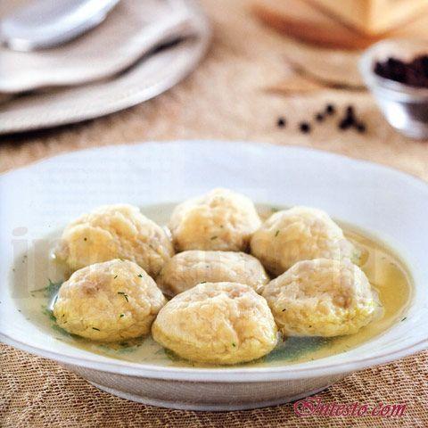 Кулинарный рецепт -  Куриный бульон с кнейдлах