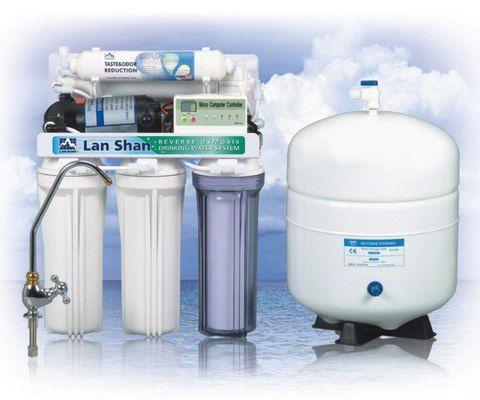 Los filtros de  agua son unos equipos que se utilizan para separar partículas de algún material insoluble que se encuentra suspendido en el agua.