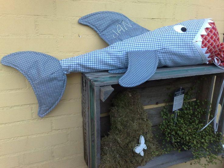 Schulanfang  ♥ Schultüte ♥ Hai - WUNDERSCHÖN!! Möchte nicht wissen, wie viel Arbeit das war!!