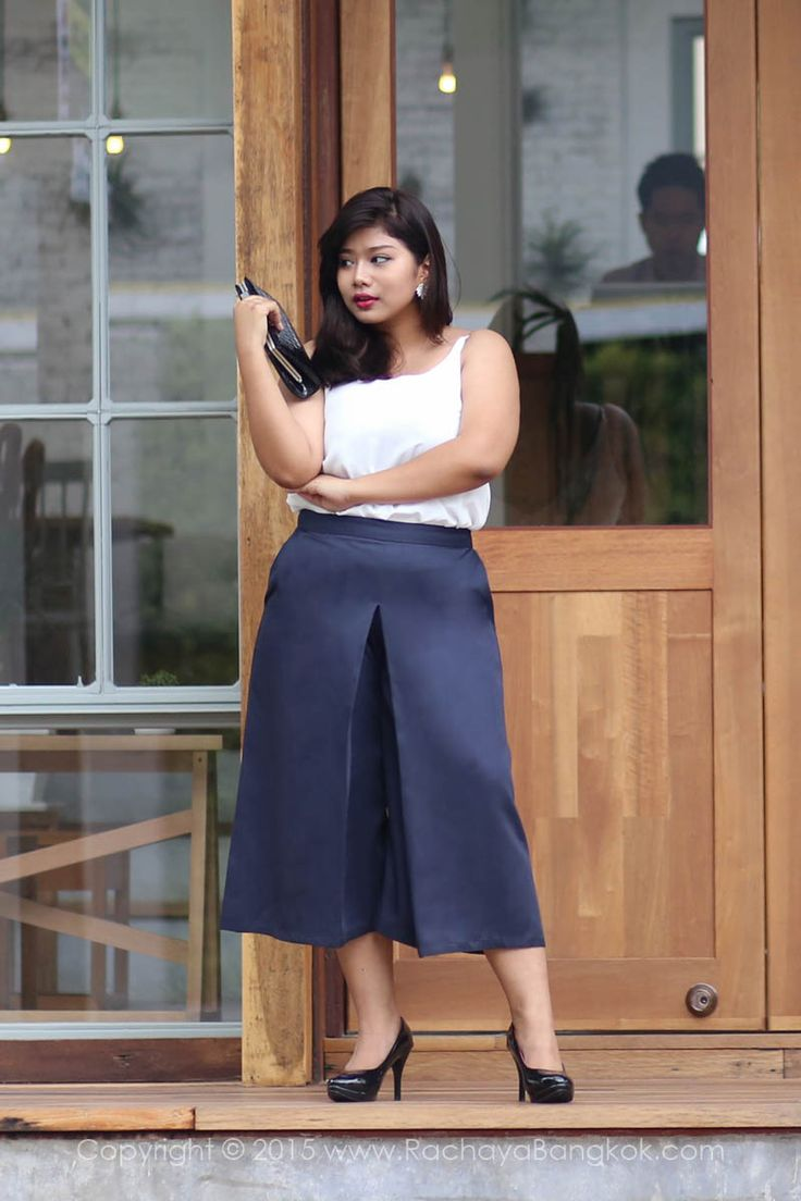 Aster High Waisted Culottes กางเกงเอวสูง ทรงเก๋ ขาไม่ดูใหญ่ ชุดสาวอวบ - RACHAYA Classy & Sassy Plus Size Clothing fashion for women from Bangkok Thailand