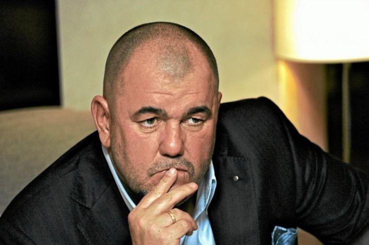 Jerzy Mazgaj, właściciel delikatesów Alma, był jednym z pierwszych biznesmenów atakujących prezydenta Andrzeja Dudę, a następnie rząd Beaty Szydło. Milioner uważany jest za jednego z najbogatszych Polaków. Teraz Mazgaj próbuje ratować co tylko się da...