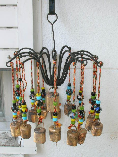 98 best diy wind chime ideas images on pinterest wind for Homemade chimes