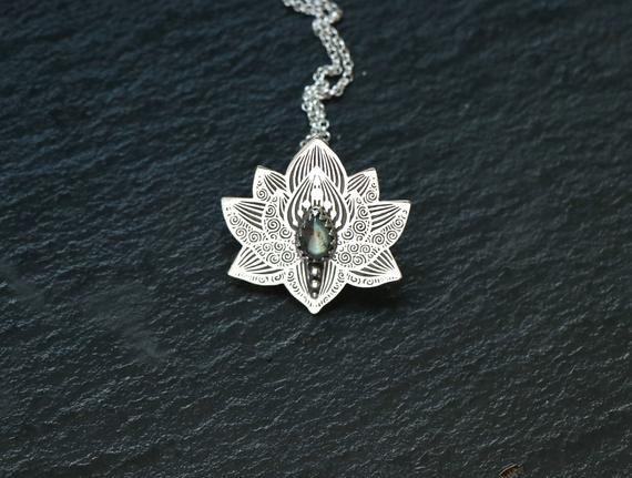 Sterling Silver *handmade with love* yoga jewellery Lotus pendant